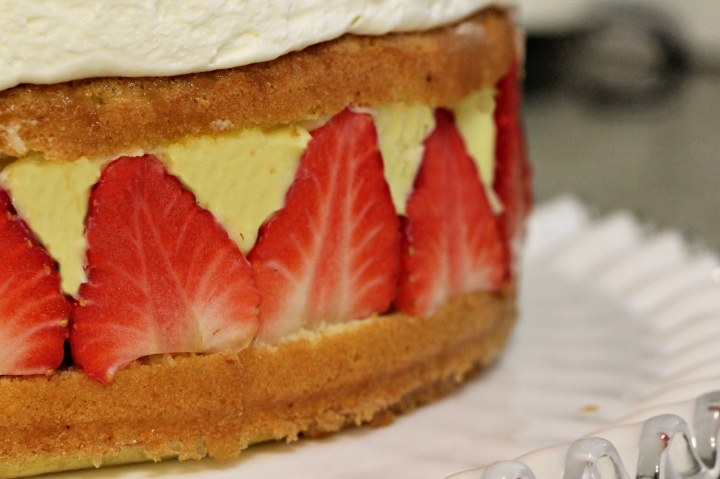 this week's bake – fraisiercake